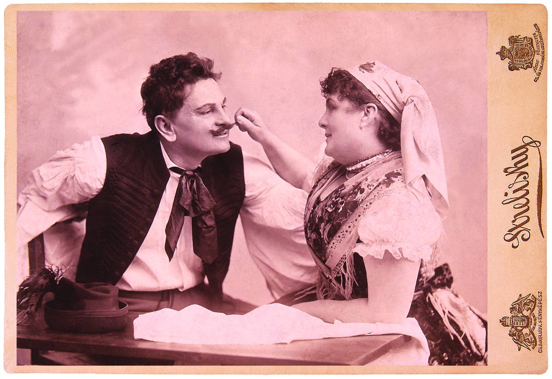 Mint Panna (Almási) Balogh Tihamér Czigány Panna című népszínművében. Népszínház, 1884. ápr. 4. Strelisky eredeti felvételének utánnyomása. – Színháztörténeti Tár