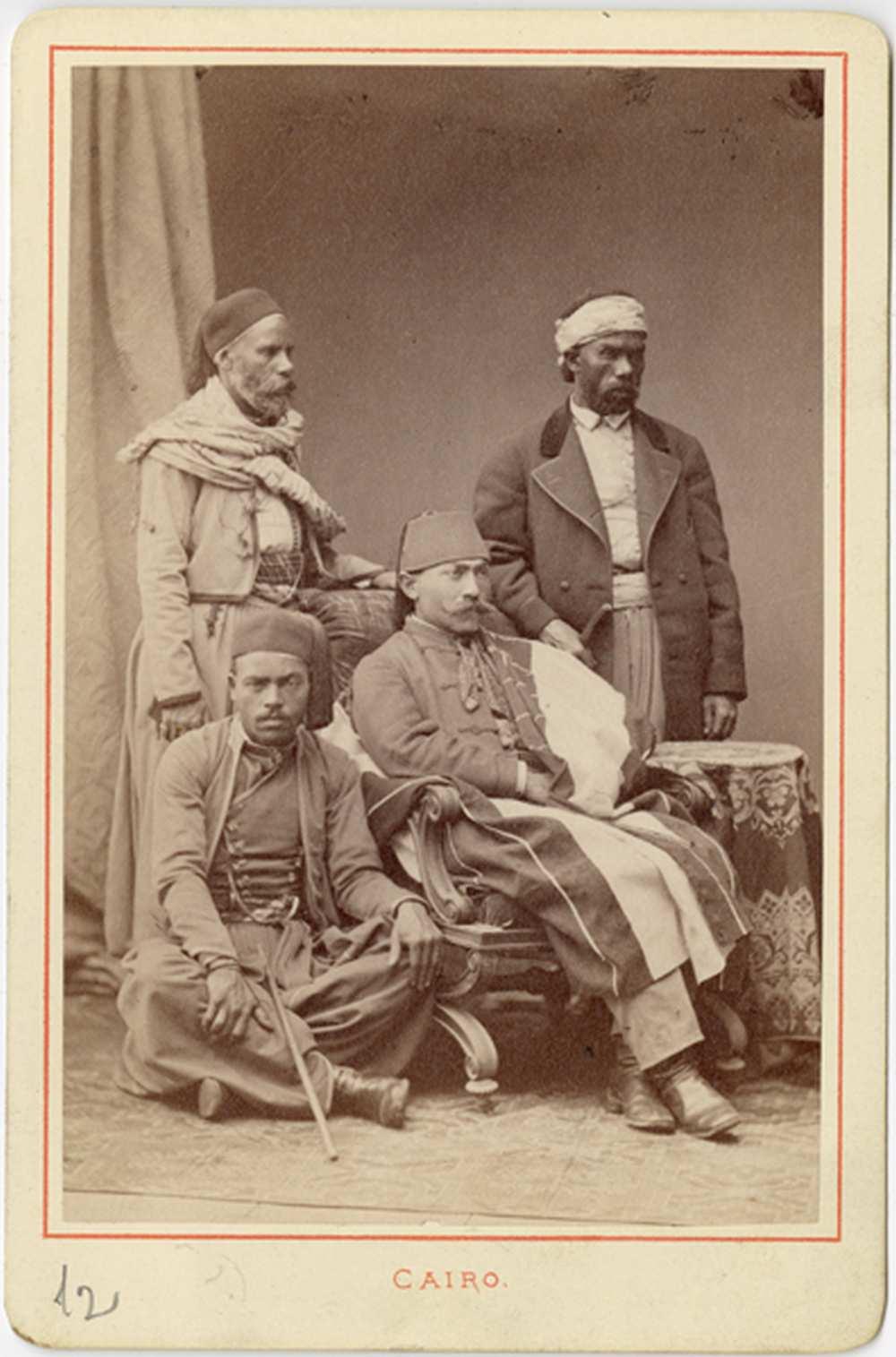 Négy egyiptomi férfi – Történeti Fénykép- és Videótár. FTA 1910