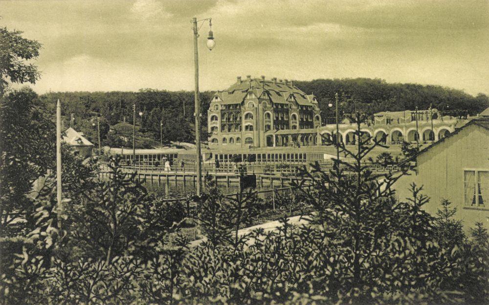 Vízaknai látkép. Képeslap, Hermannstadt [Nagyszeben], Jos. Drotleff, 1909 – Plakát- és Kisnyomtatványtár (Piarista képeslapgyűjtemény) Jelzet: Klap.P5/20 – Magyar Digitális Képkönyvtár http://www.kepkonyvtar.hu/?docId=6125