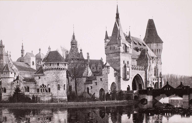 A Történelmi Csoport (Vajdahunyad vára) gótikus épülete – Plakát- és Kisnyomtatványtár Kny. B 1.203 http://nektar.oszk.hu/hu/manifestation/2795072