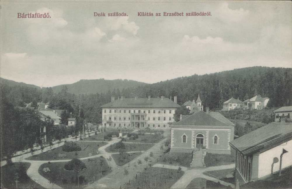 A Deák-szálló Bártfafürdőn. Képeslap – Térkép-, Plakát- és Kisnyomtatványtár. Jelzet: B 1942.