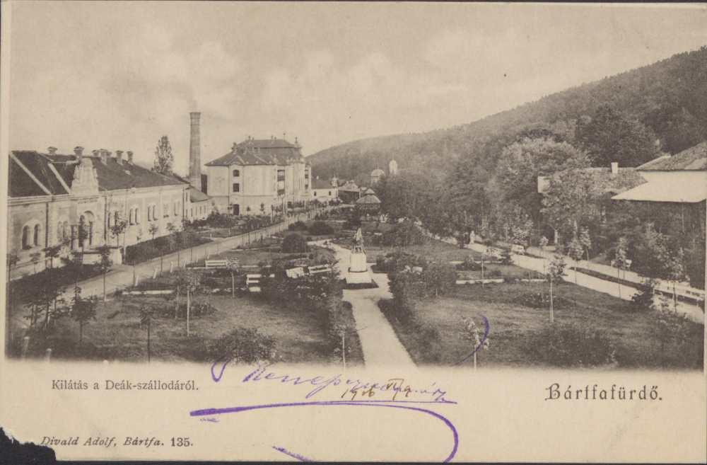 Kilátás a Deák-szállódából. Képeslap – Térkép-, Plakát- és Kisnyomtatványtár. Jelzet: B 1894.