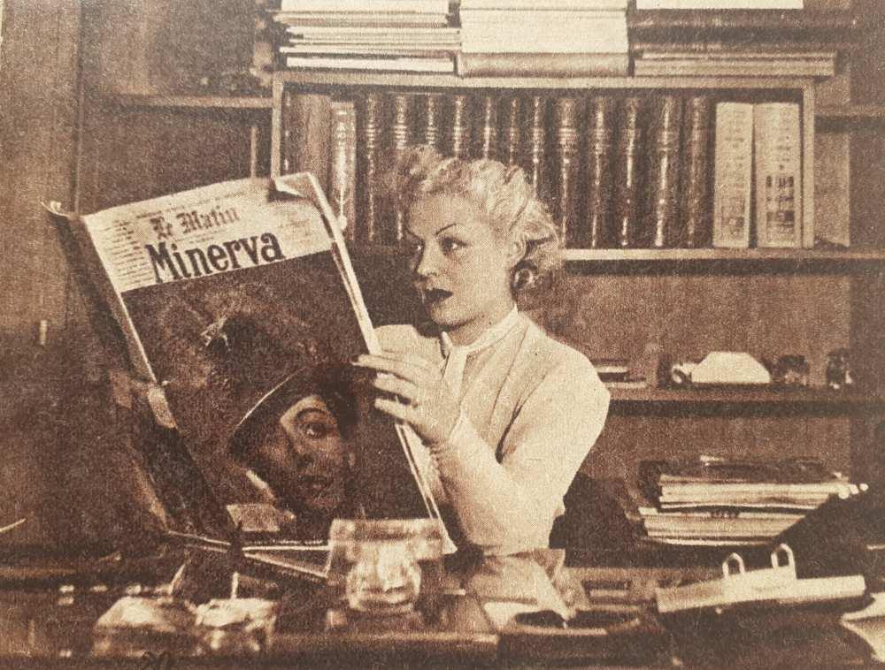 """""""Perczel Zita a párizsi Saint-Georges színház primadonnája a Le Matin-nak azzal a számával, amely címlapján a magyar színésznő képét hozza"""". In. Színházi Élet, 28. évf., 1938. május 28., 23. sz., 20. – Törzsgyűjtemény http://nektar.oszk.hu/hu/manifestation/978572"""