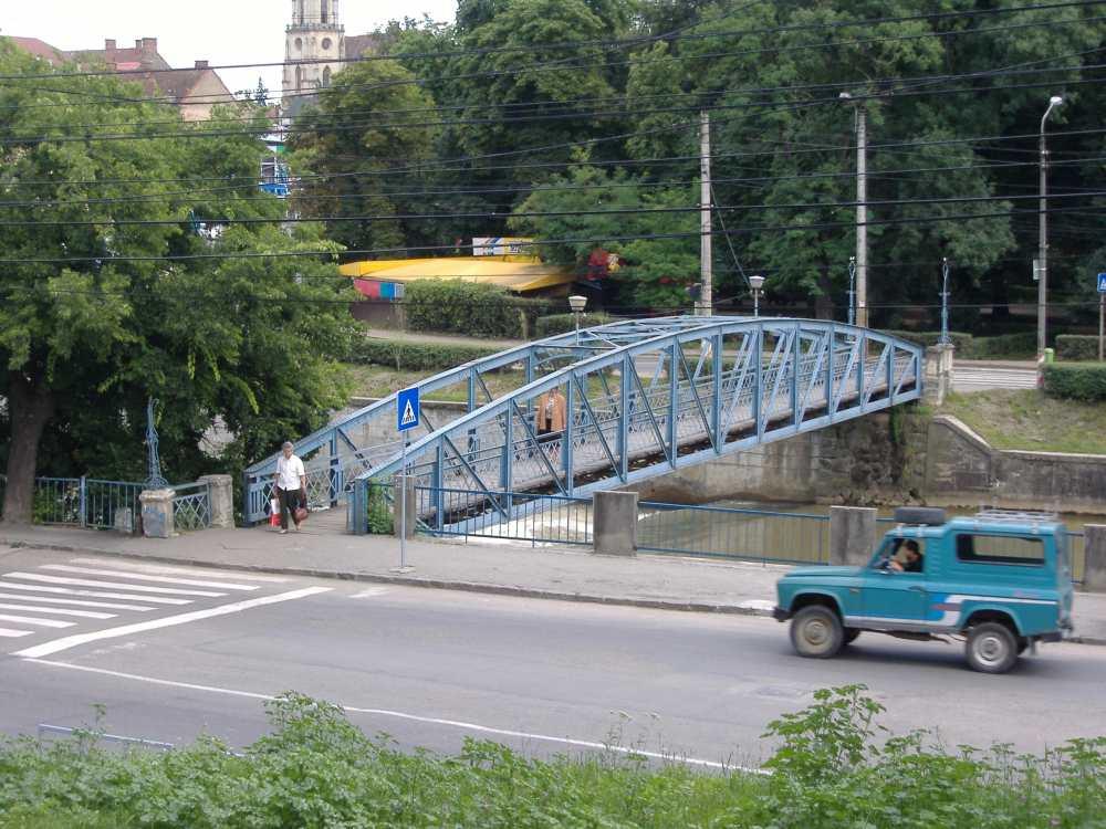Az Erzsébet híd 2006-ban. A szerző felvétele.