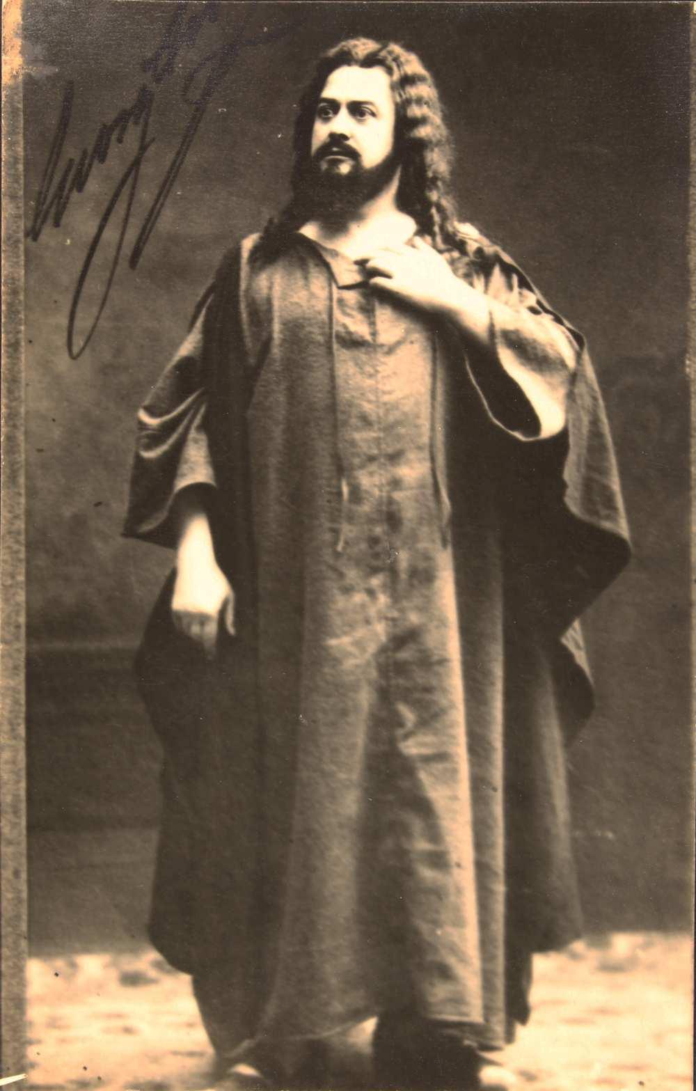 Georg Anthes (Anthes György) (1863‒1922) Sámson szerepében, amelyet 1904 és 1913 között játszott a budapesti Operaházban. Jelzet: KA 804.– Színháztörténeti Tár