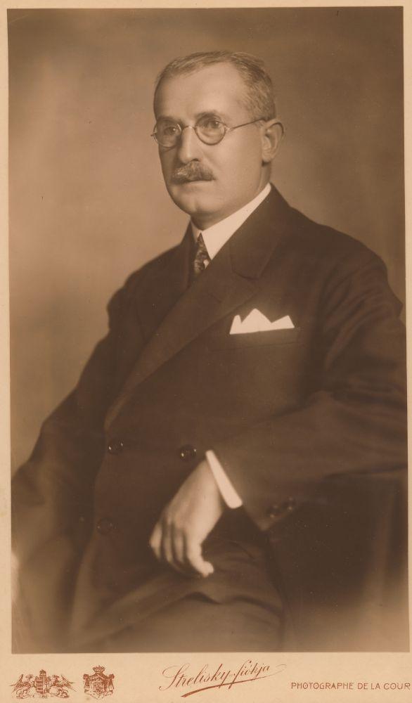 Horger Antal arcképe. Fotó: Strelisky Sándor, 1917 – Kézirattár. Jelzet: Arckép 676