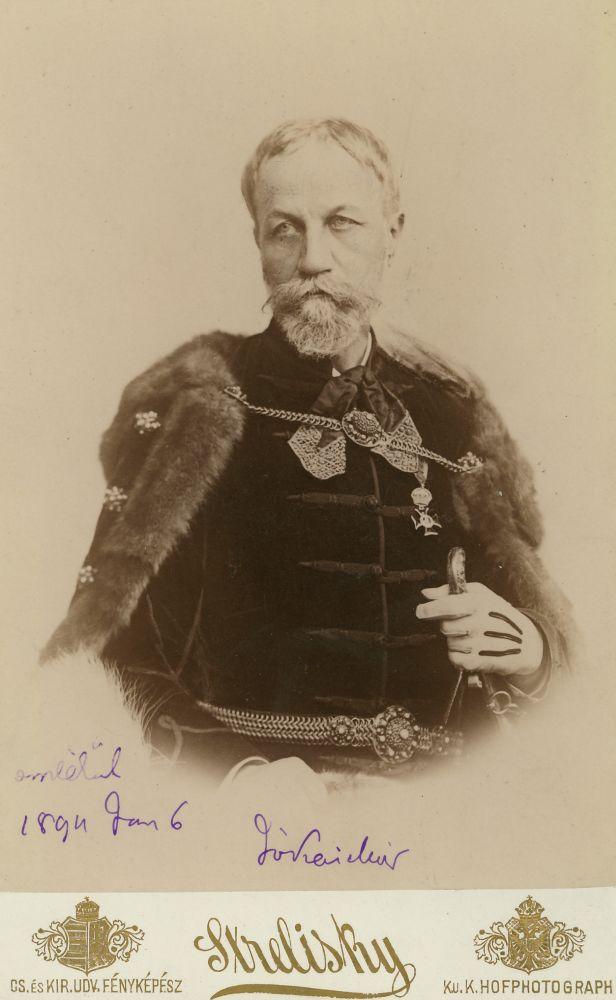 Jókai Mór arcképe. Fotó: Strelisky, 1894 – Kézirattár. Jelzet: Arckép 1267