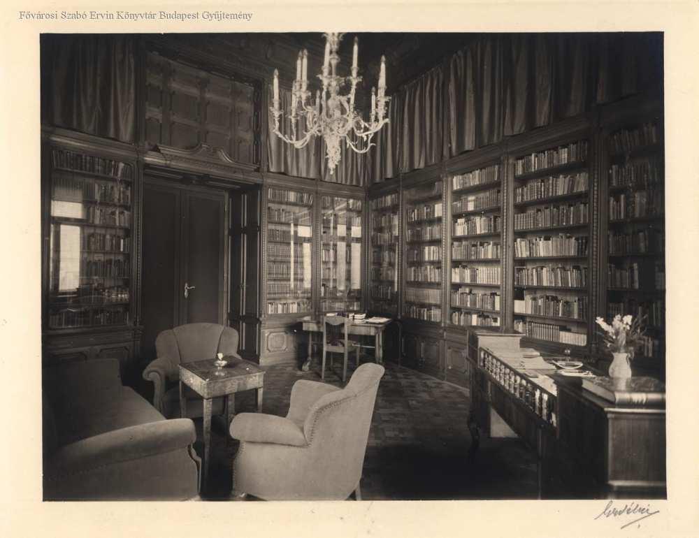 Fővárosi könyvtár, igazgatói szoba – Fővárosi Szabó Ervin Könyvtár, Budapest Képarchívum,080451