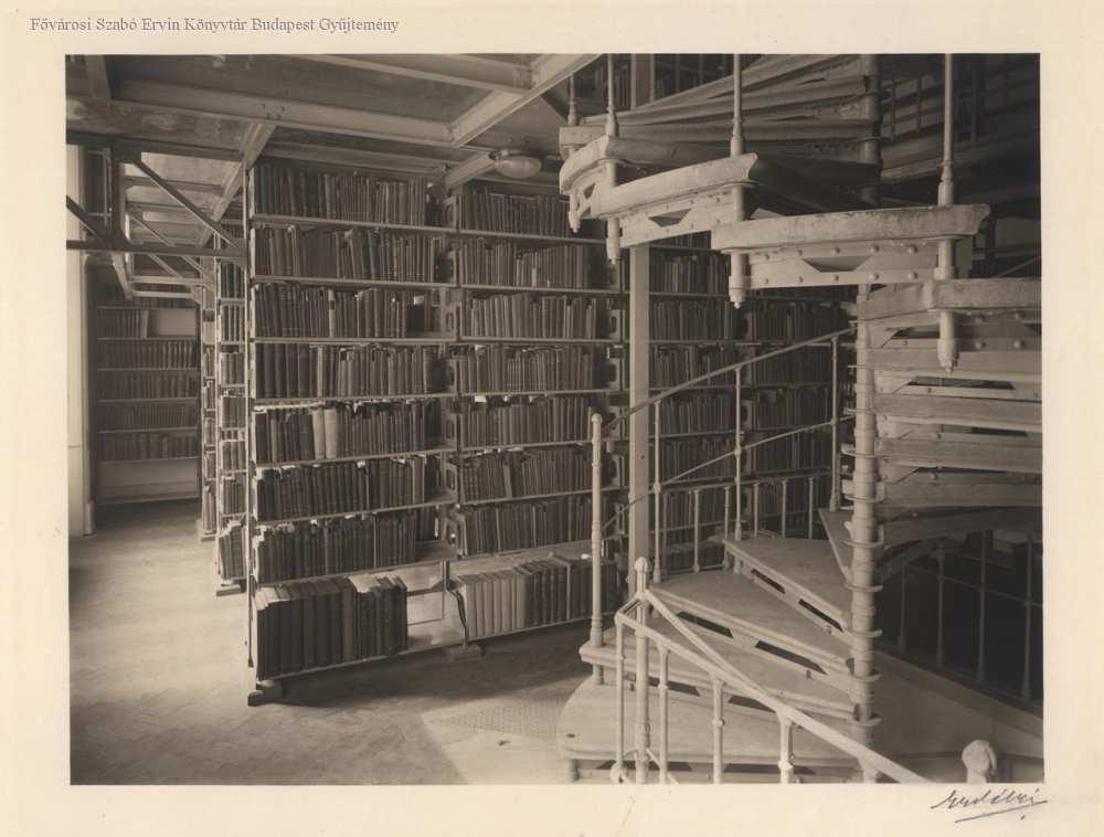 Fővárosi könyvtár raktára – Fővárosi Szabó Ervin Könyvtár, Budapest Képarchívum 080455