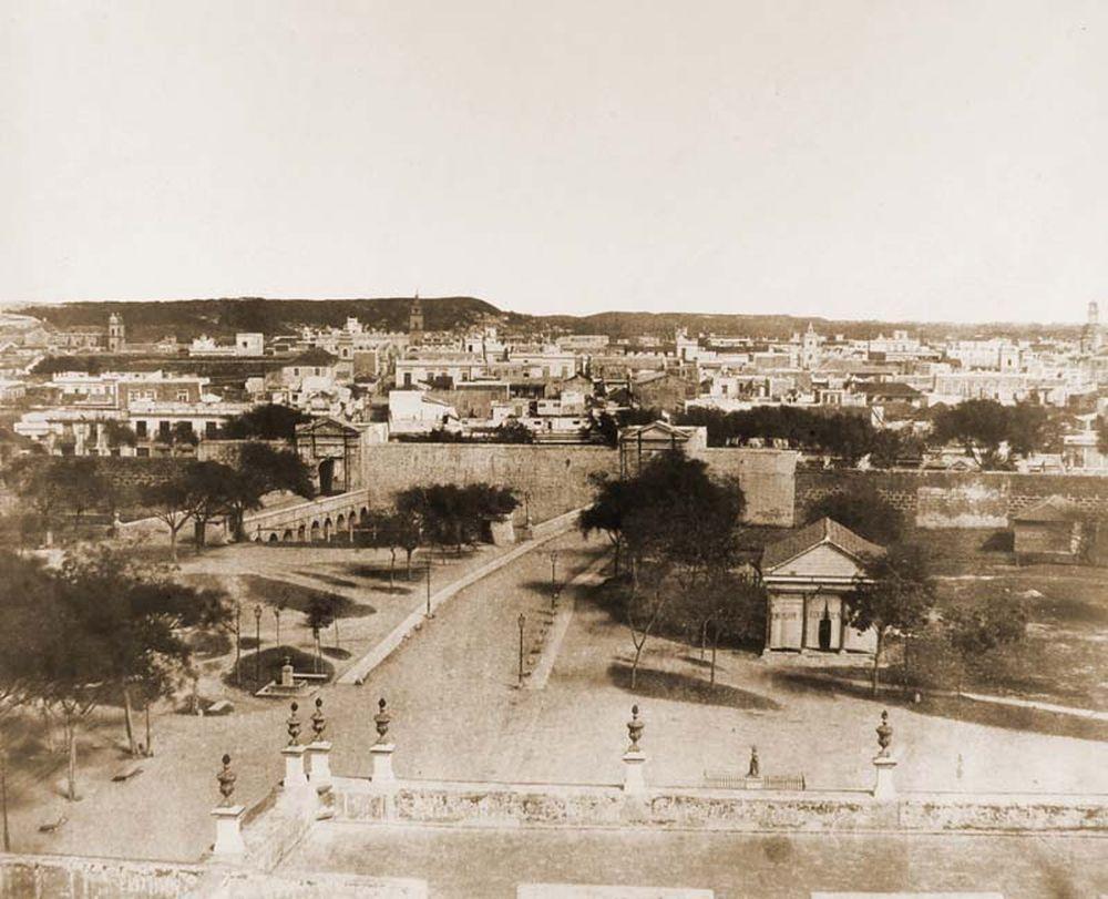 Havanna látképe a Tacon Színházzal. Jelzet: FTD 116 – Történeti Fénykép- és Videótár