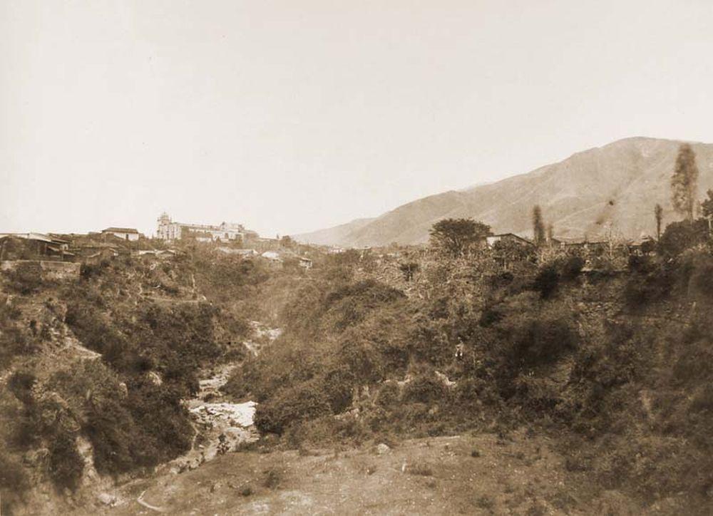 A La Pasloza egyház látképe Caracasban (Venezuela). Jelzet: FTD 120 – Történeti Fénykép- és Videótár