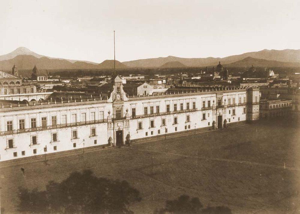 Mexikóváros keleti látképe a székesegyház tornyából. Jelzet: FTD 131 – Történeti Fénykép- és Videótár