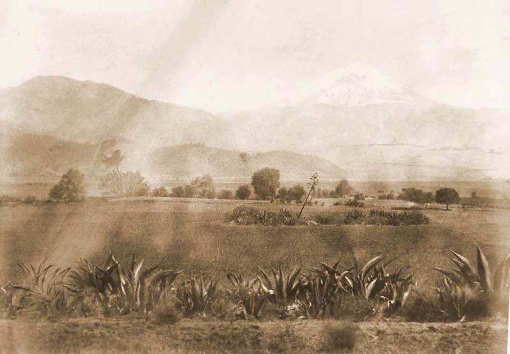 Popocatépetl hegy panoráma az Amecameca völgyéből. (Mexikó). Jelzet: FTD 148.– Történeti Fénykép- és Videótár