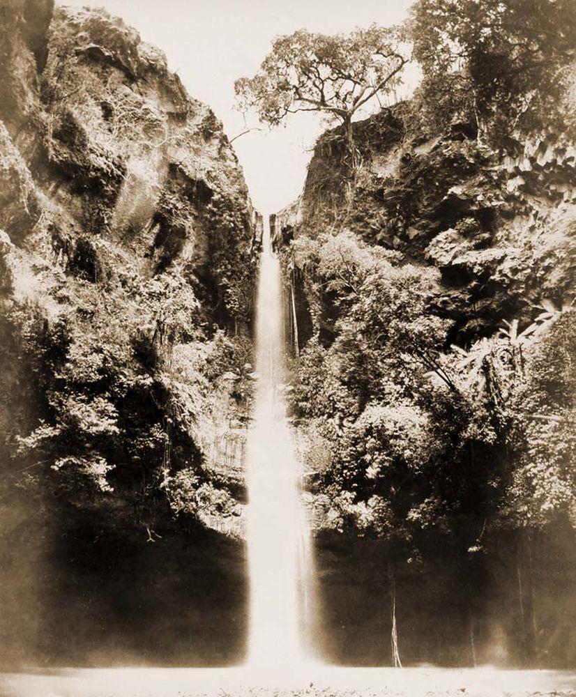 Vizesés Cuernavaca mellett alulnézetből (Mexikó). Jelzet: FTD 152 – Történeti Fénykép- és Videótár