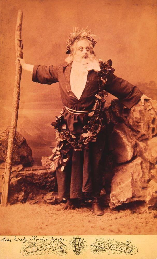 Ecsedi Kovács Gyula mint Lear (1869, Kolozsvár) – Színháztörténeti és Zeneműtár. Jelzet: KB 5058/1