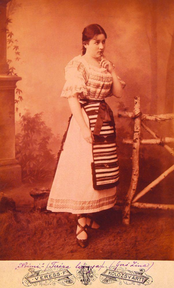 Gerő Lina mint Noémi Jókai Mór Az arany ember című művében (1885, Kolozsvár) – Színháztörténeti és Zeneműtár. Jelzet: KB 5210/4