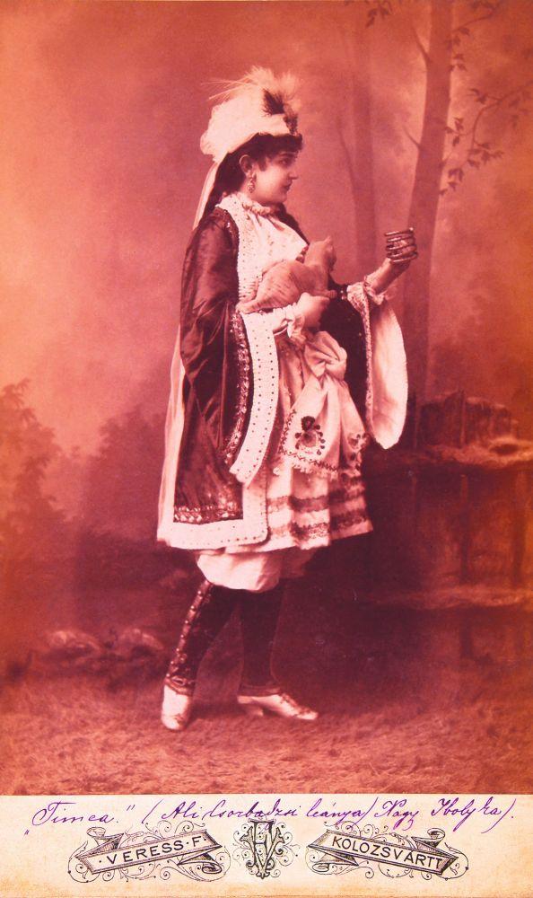 Nagy Ibolyka mint Tímea Jókai Mór Az arany ember című művében (1885, Kolozsvár) – Színháztörténeti és Zeneműtár. Jelzet: Ltsz. 867/1964 – KB