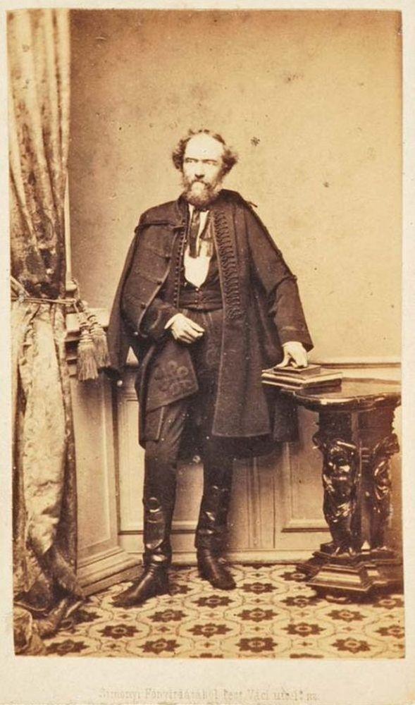 Kazinczy Gábor. Fénykép. Simonyi Antal, 1856 és 1864 között – Történeti fénykép- és videótár. Jelzet: FTA 433