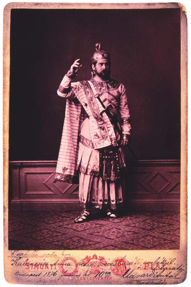 Udvardy Antal mint Radames Giuseppe Verdi Aida című operájában. Fénykép: Simonyi Antal – Színháztörténeti Tár, Jelzet: KB 10.550/1