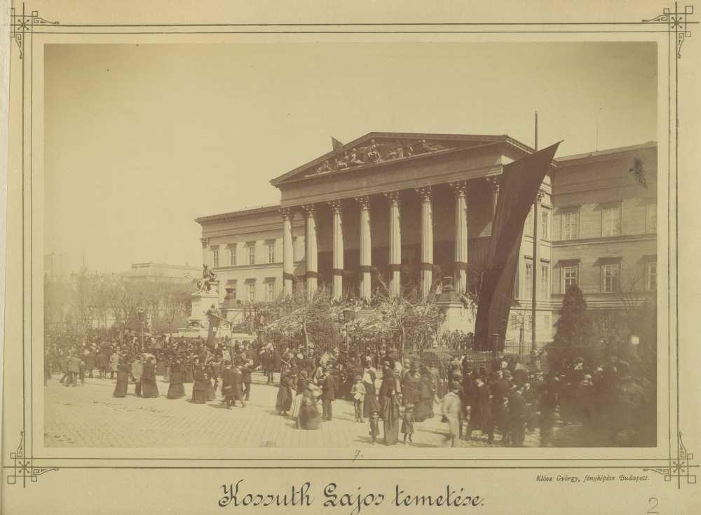Magyar Nemzeti Múzeum Kossuth Lajos temetésén, 1894.április 1. Fortepan/Budapest Főváros Levéltára. HU.BFL.XV.19.d.1.04.002