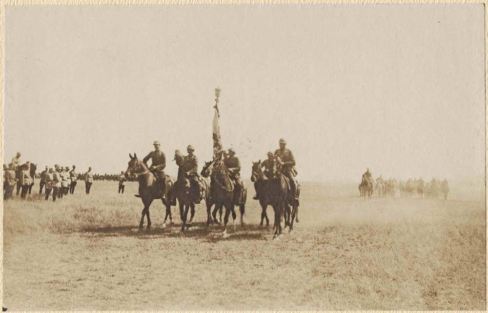 Román csapatok felvonulása – Történeti Fénykép- és Videótár. Jelzet: FVD 127