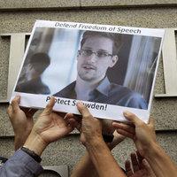 Mindannyiunknak Mannings-ekké és Snowden-ekké kell válnunk