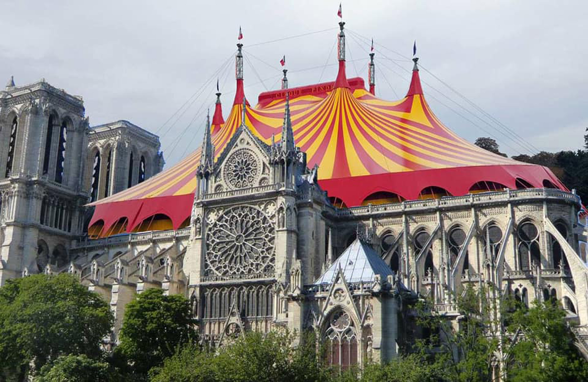 circus-notre-dame.jpg