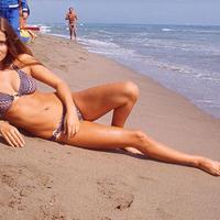 Heti Bond-lány: a szuperdögös Barbara Bach [18+]