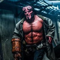 Úgy néz ki az új Hellboy, mint egy életnagyságú, gagyi akciófigura!