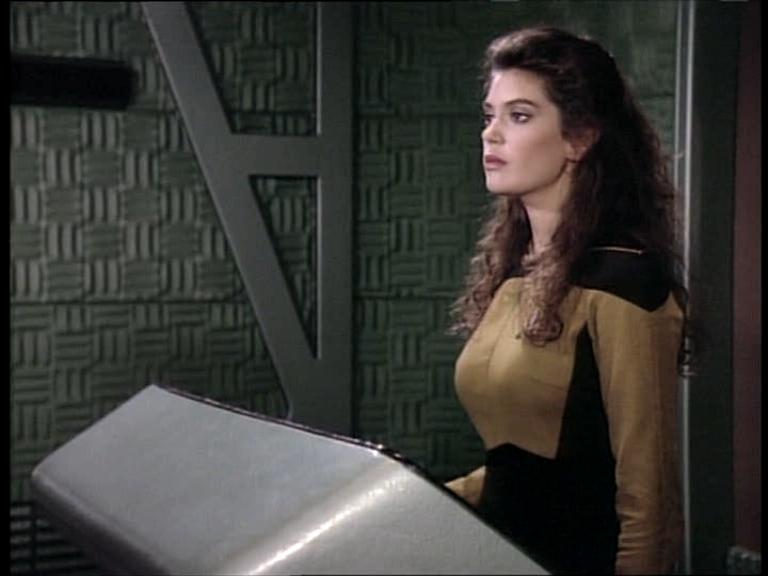 teri-hatcher-as-b-g-robinson-tng-the-outrageous-okona-6.jpg
