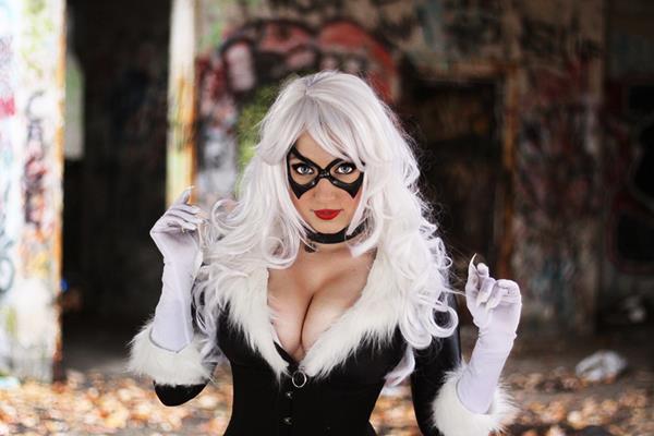 black-cat-cosplay-alyssa-jess-2.jpg