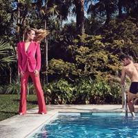 A medencébe ugrasz-e?