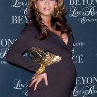 Beyonce kislánya megszületett!