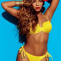 Beyoncé bikiniben