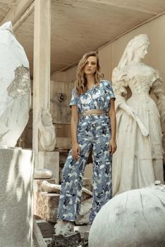 Anna Daubner Samsung ruhái a Madárkórházért