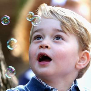 A buborékok és két cuki hercegi sarj