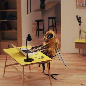 Az első igazán állati cuki influenszer: egy méhecske