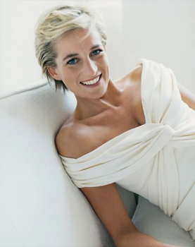 22 éve hunyt el Diana hercegnő
