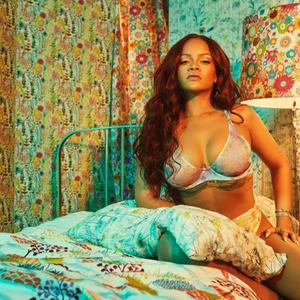 Rihanna alakot villant