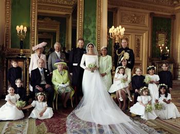 Megérkeztek a hivatalos esküvői képek, Meghan gyönyörű!