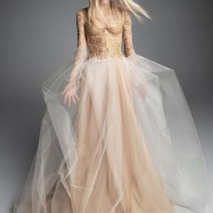 Királynői viselet: Vera Wang 2019-es esküvői ruhái