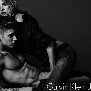 Justin Bieber férfi lett? Alsónadrágot reklámoz ugyanis