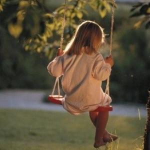 Amikor egy gyerek veszít el valakit: gyászfeldolgozás