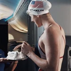 Az amerikai olimpiai csapat klassz filmmel kezd!