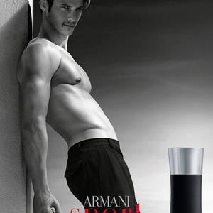 Sportos is, Armani is