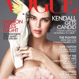 Kendall Jenner felvirágozva