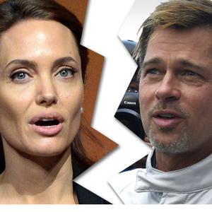 Vége! Angelina Jolie és Brad Pitt válnak!