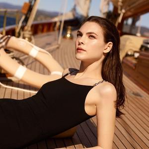 Chanel nyári sminkek: a fény játéka