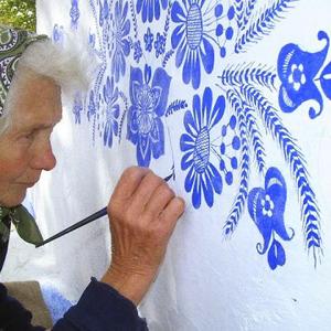 Szívből jövő pingálások 90 évesen