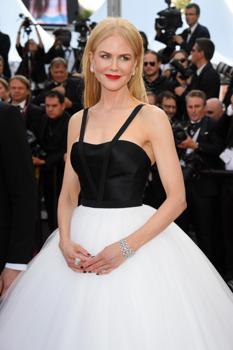 Ez nem fair! Gyönyörű ruhák az amfAR gálán és Palvin Barbi is ott volt   Nicole Kidman über cuki Cannes-ban! 033f962717